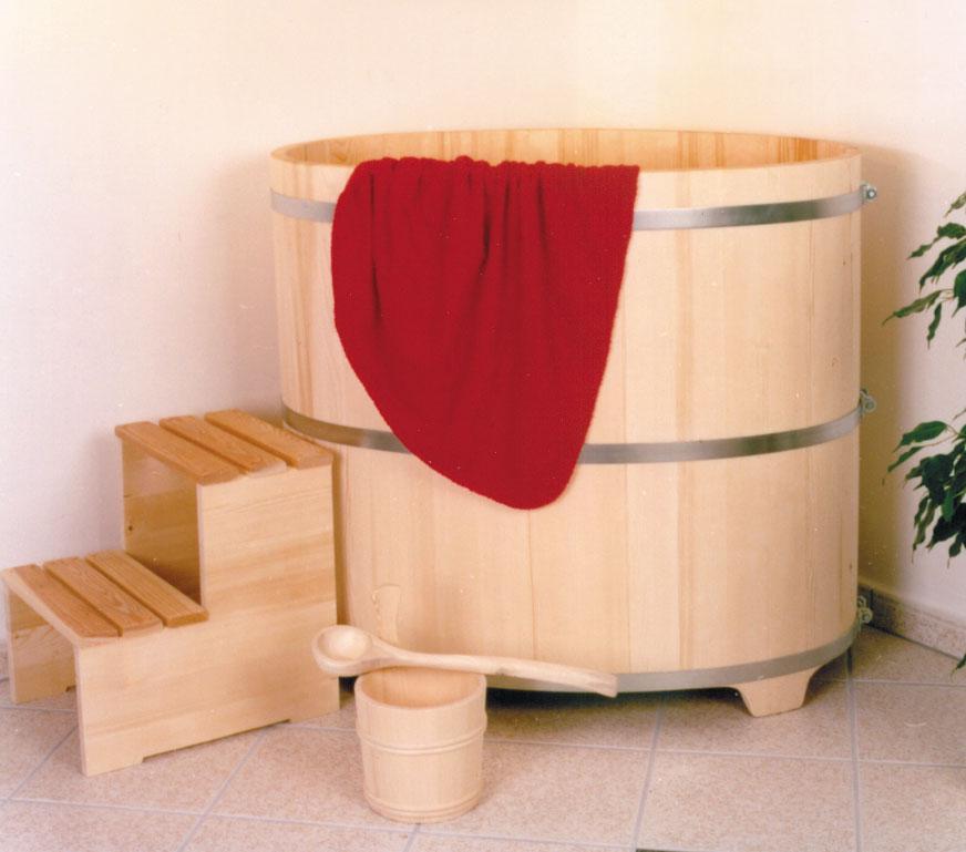 ihr tauchbecken nach der sauna aus holz vom hersteller. Black Bedroom Furniture Sets. Home Design Ideas